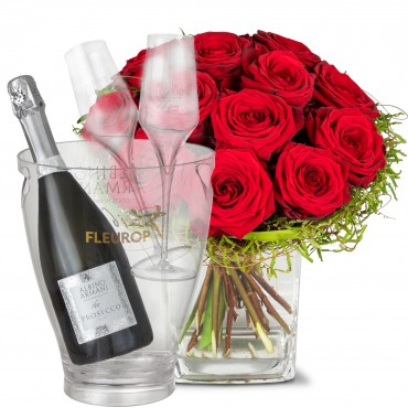 Small Pearl of Roses, with Prosecco Albino Armani DOC (75 cl), incl. ice bucket and two sparkling wi