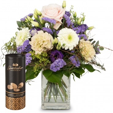 June Bouquet of the Month and Gottlieber cocoa almonds