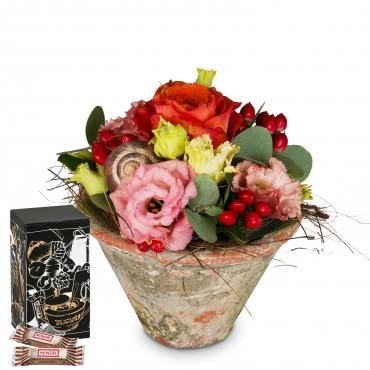 Flower Kiss with Minor Split in trendy gift tin