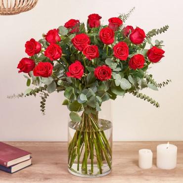 18 Long-stemmed Red Roses