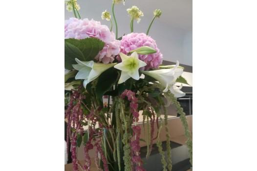 Fleurop dodává květinovou dekoraci do firem