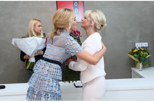 Taťána Kuchařová Gregorová na své charitativní výstavě